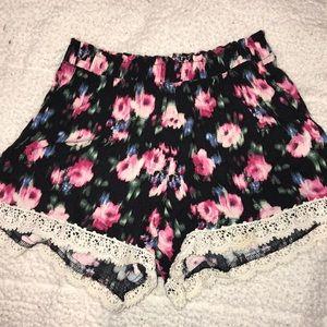 abercrombie kids Flower Lace Bottom Shorts